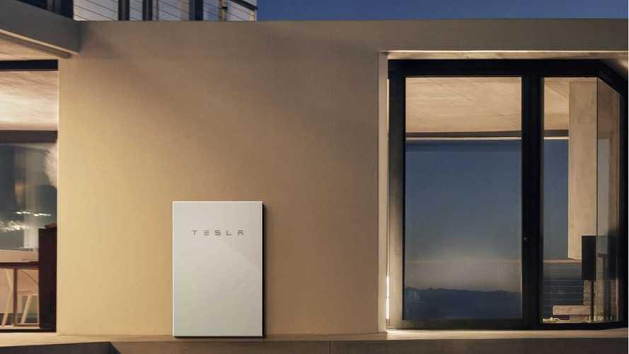 Tesla aggiorna OTA anche le batterie domestiche: +50% di potenza