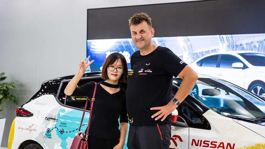 Польский путешественник добрался до Китая на новом Nissan Leaf