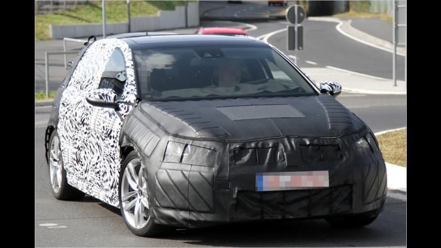 Erwischt: VW Golf GTI und Golf R