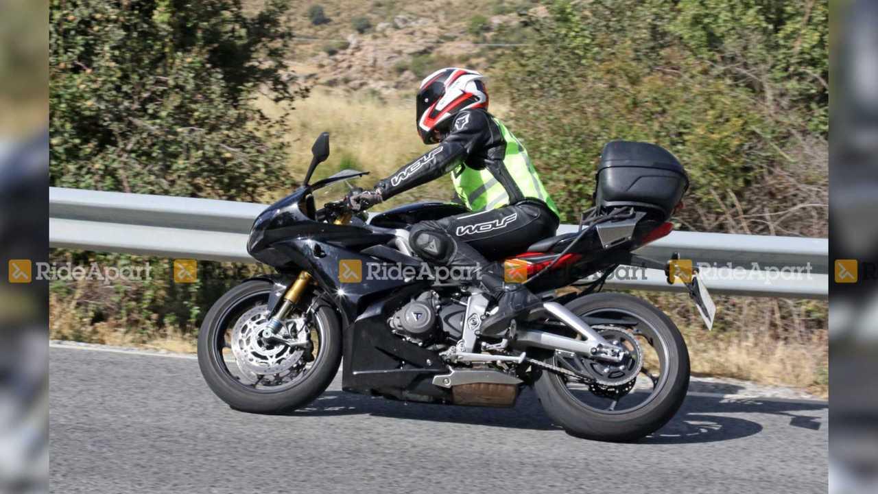Triumph Daytona Moto2 765 LE Spy Shots