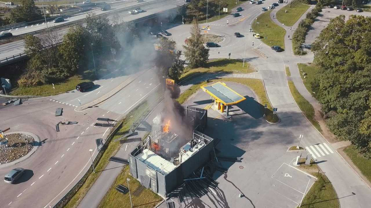 A hydrogen refueling station exploded in Sandvika, Norway (Source: nrk.no)