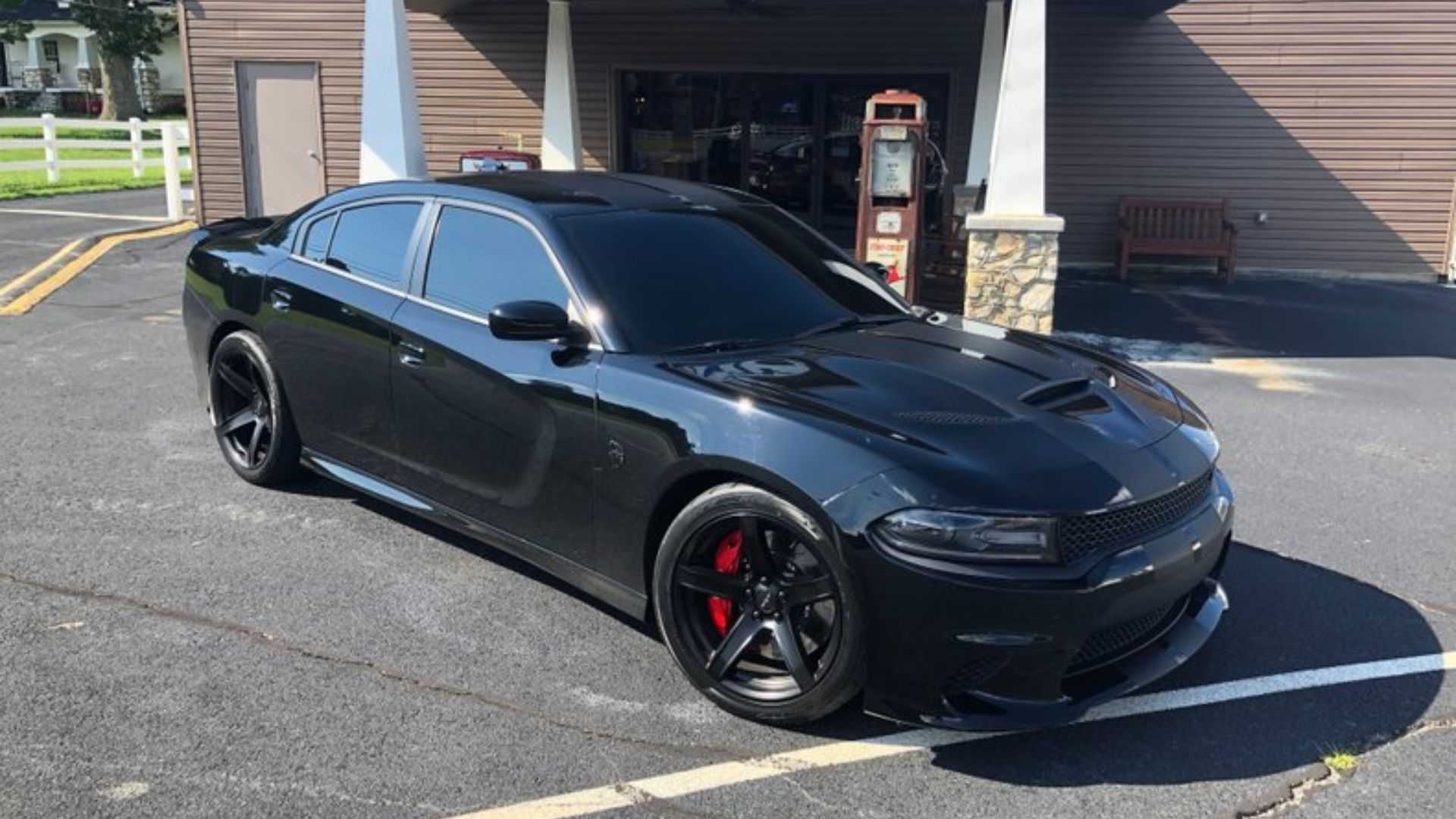Boosted 2016 Dodge Charger Srt Hellcat Murders Tires Motorious