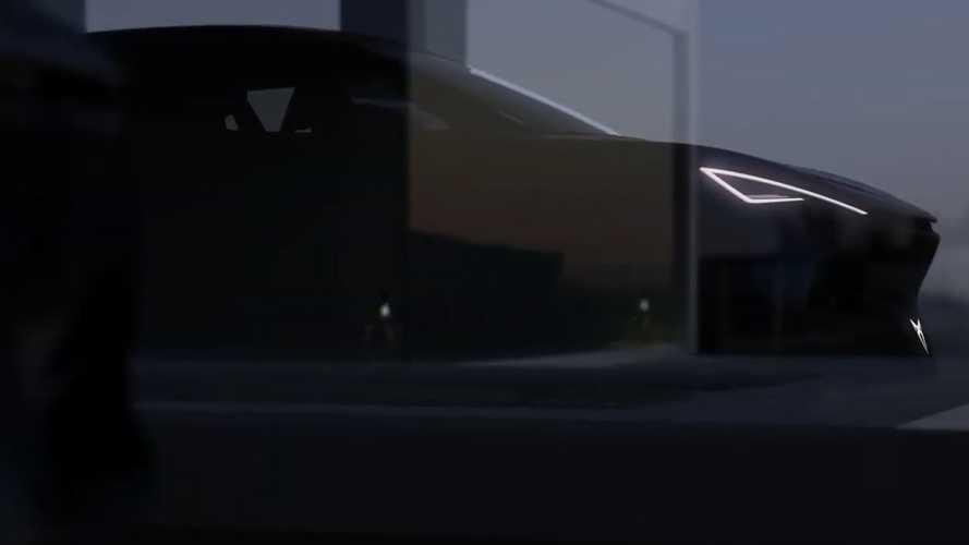 Bu ipucu videosundaki araç yeni Cupra Leon mu?