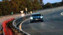 Porsche Taycan, i test di durata a Nardò