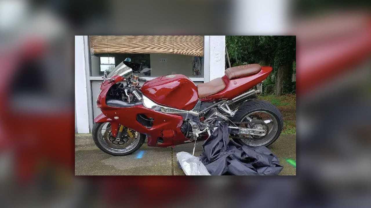 2001 Suzuki GSX-R1000 - $2,000