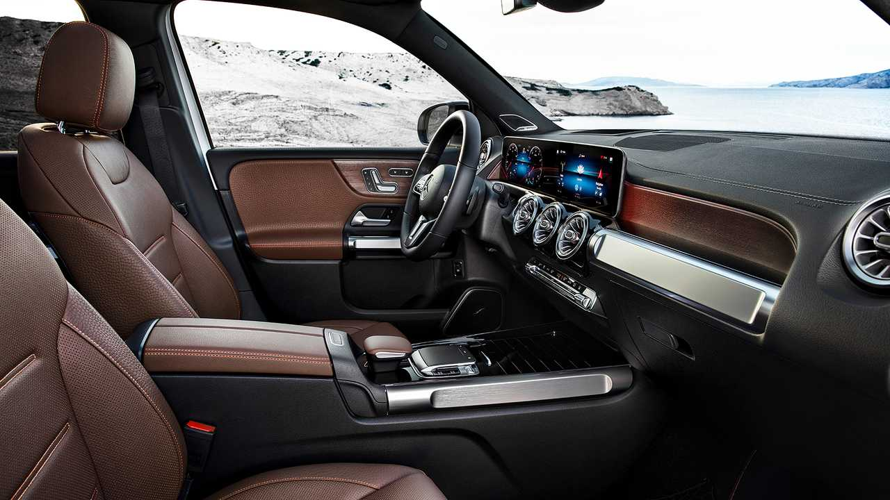 2020 Mercedes Glb Get To Know The 7 Seat Suv Through Videos