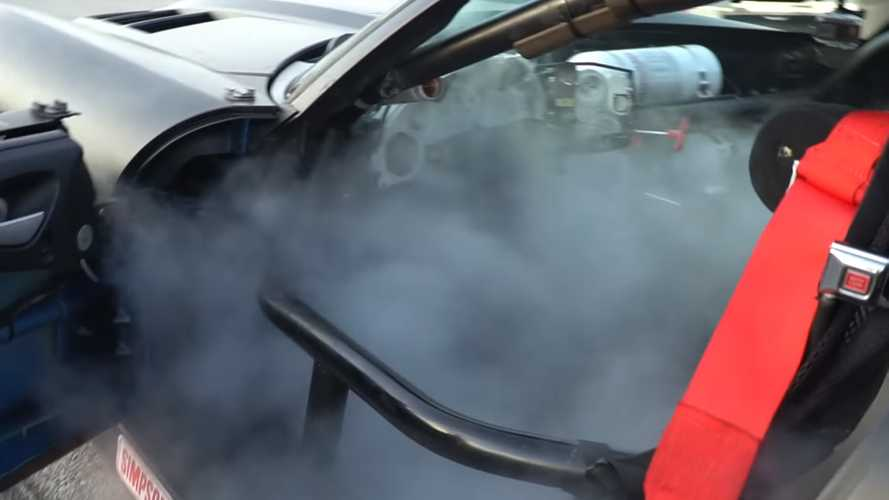 Dodge Viper ACR Race Car Demonstrates Fire Suppression System