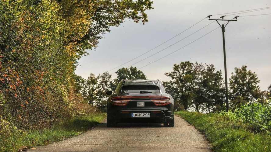 Porsche Taycan Cross Turismo (2021) Teaser