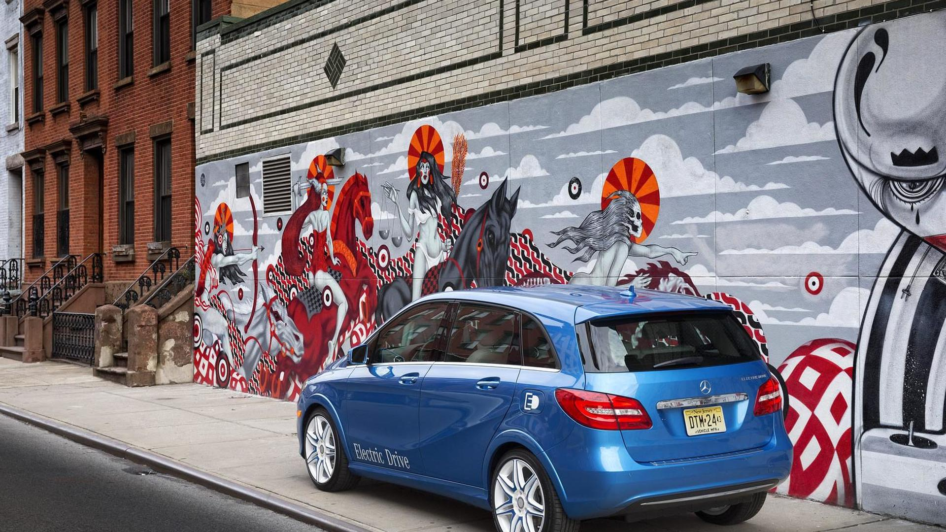 Mercedes Benz B Class Electric Drive Arrives In Ny Due In Early 2014
