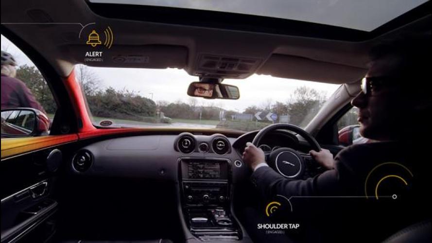"""Ciclisti al sicuro, anche Jaguar Land Rover ha il suo """"Bike Sense"""""""