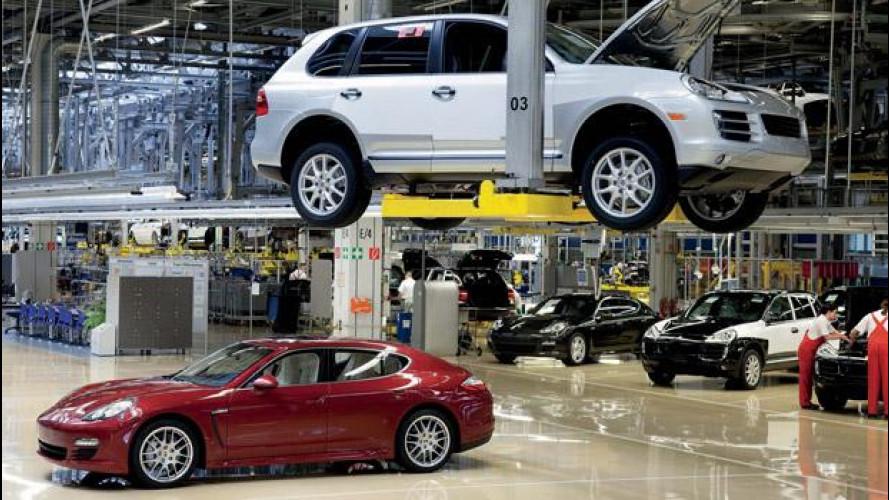 Porsche Panamera e Cayenne: l'alluvione ferma la produzione