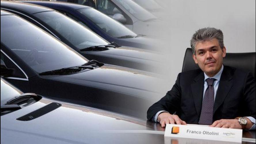 """Sempre più auto si vendono su Internet, anche """"al buio"""""""