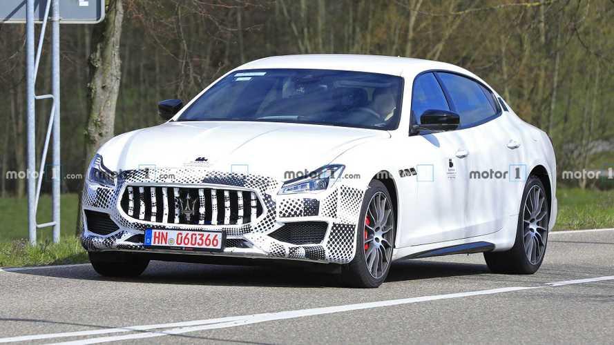 Обновленный Maserati Quattroporte впервые заметили на тестах
