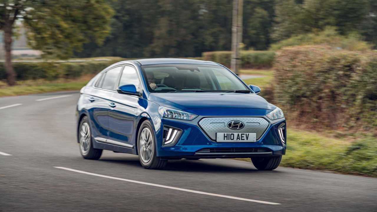 Hyundai IONIQ Electric (MY20) in UK
