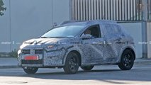 Dacia Sandero Stepaway spy photos
