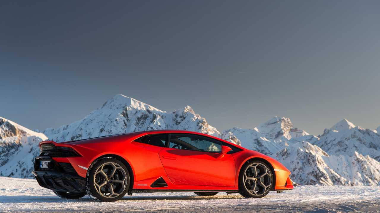 Lamborghini Christmas Drive