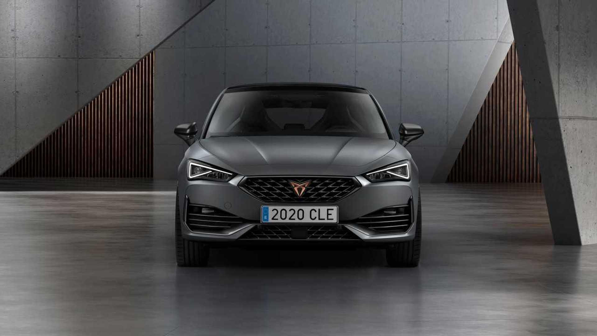 2020 Cupra Leon hibrit versiyonuyla birlikte tanıtıldı