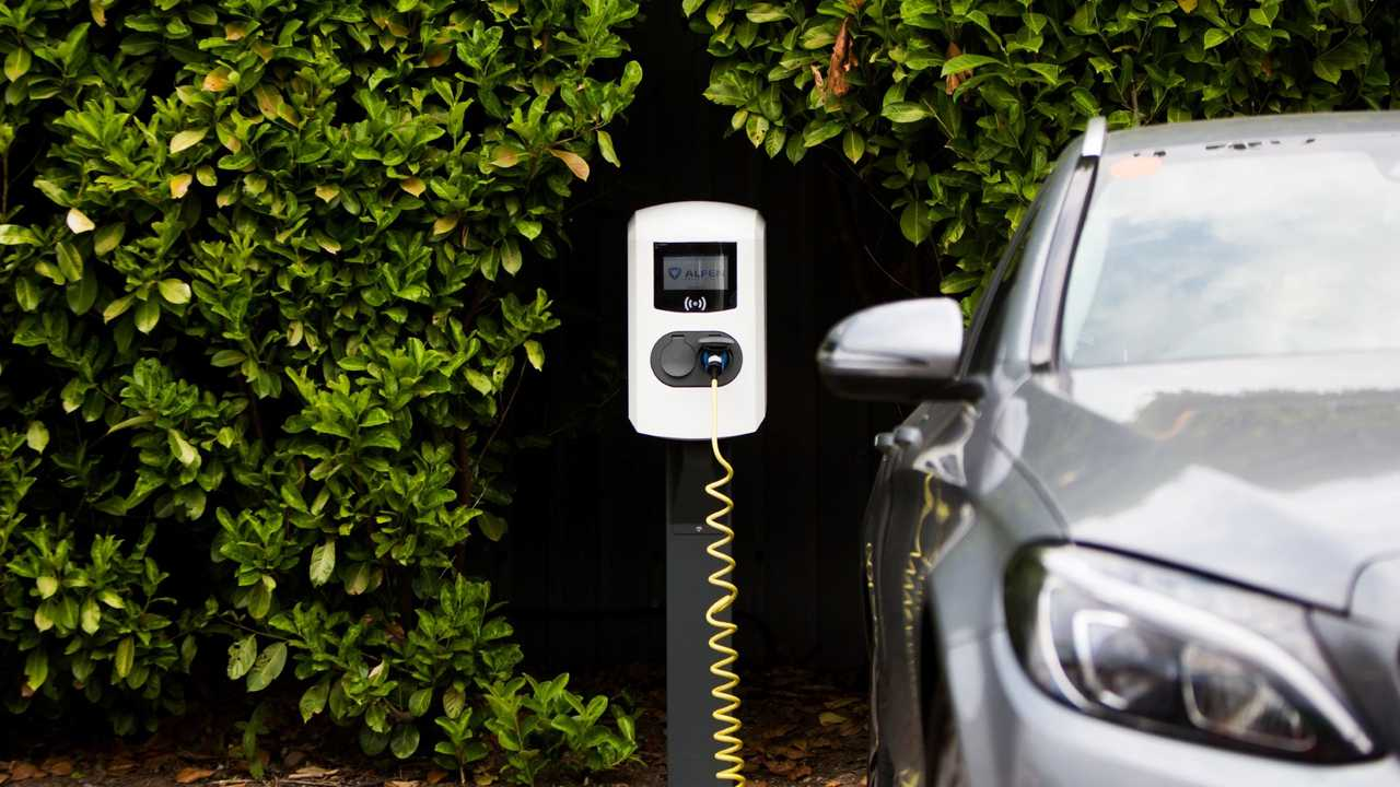 Statkraft to acquire UK electric vehicle business from Vattenfall