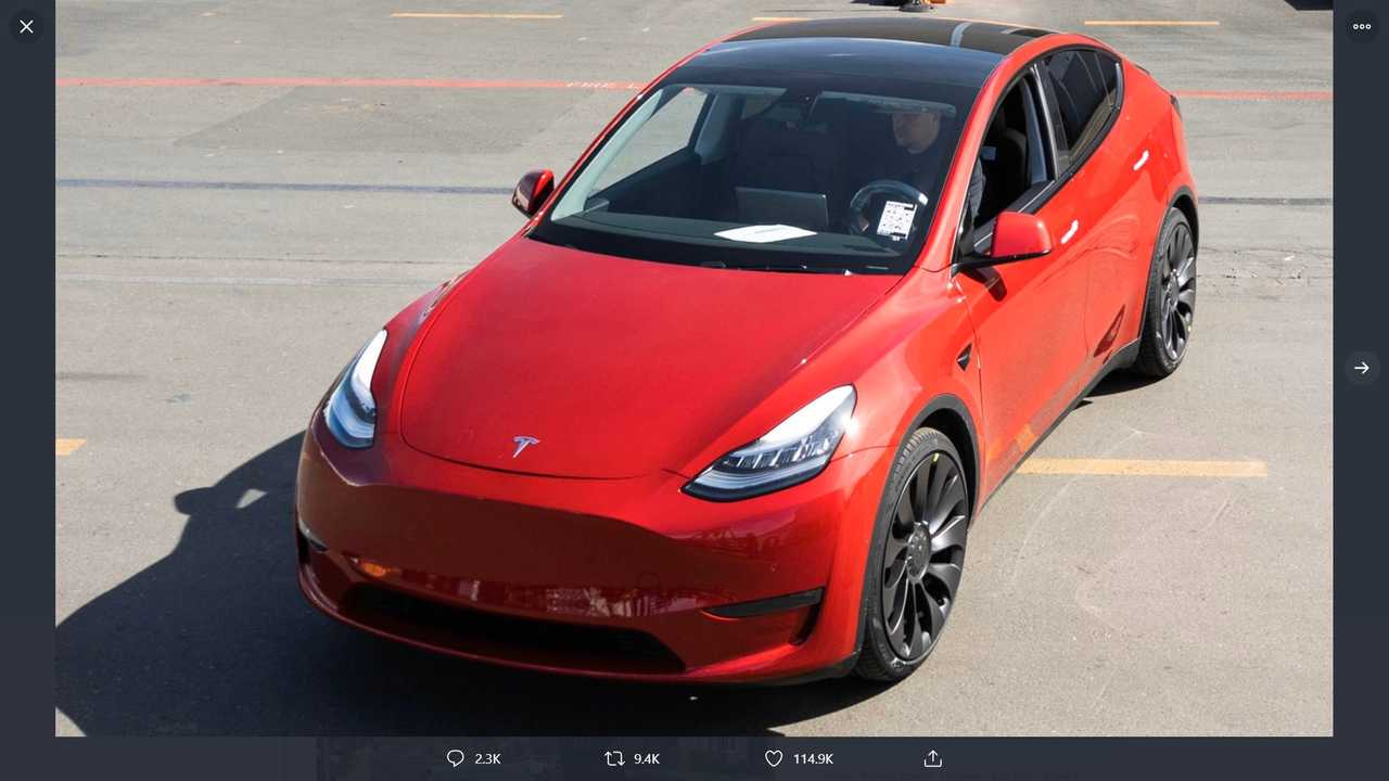Миллионная Tesla