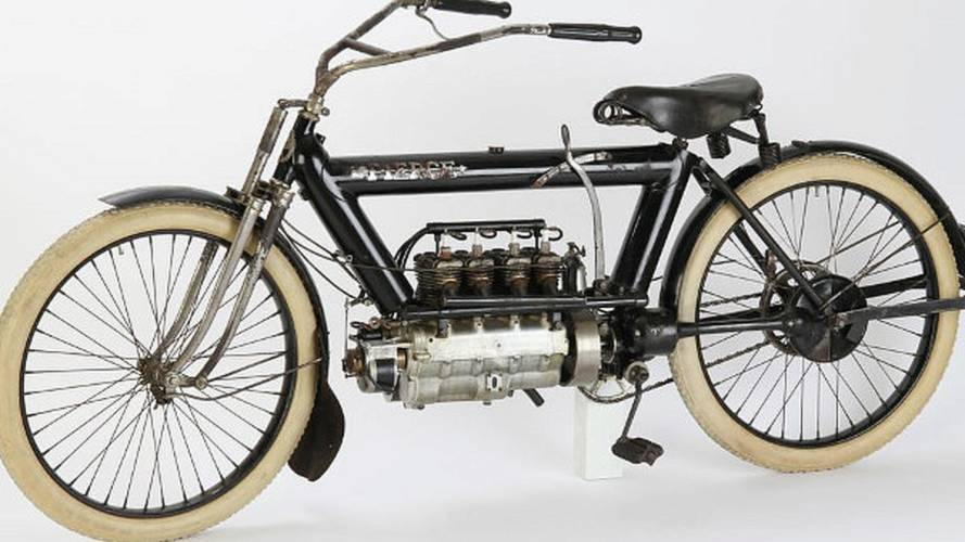 Retro: 1911 Pierce Four-Cylinder