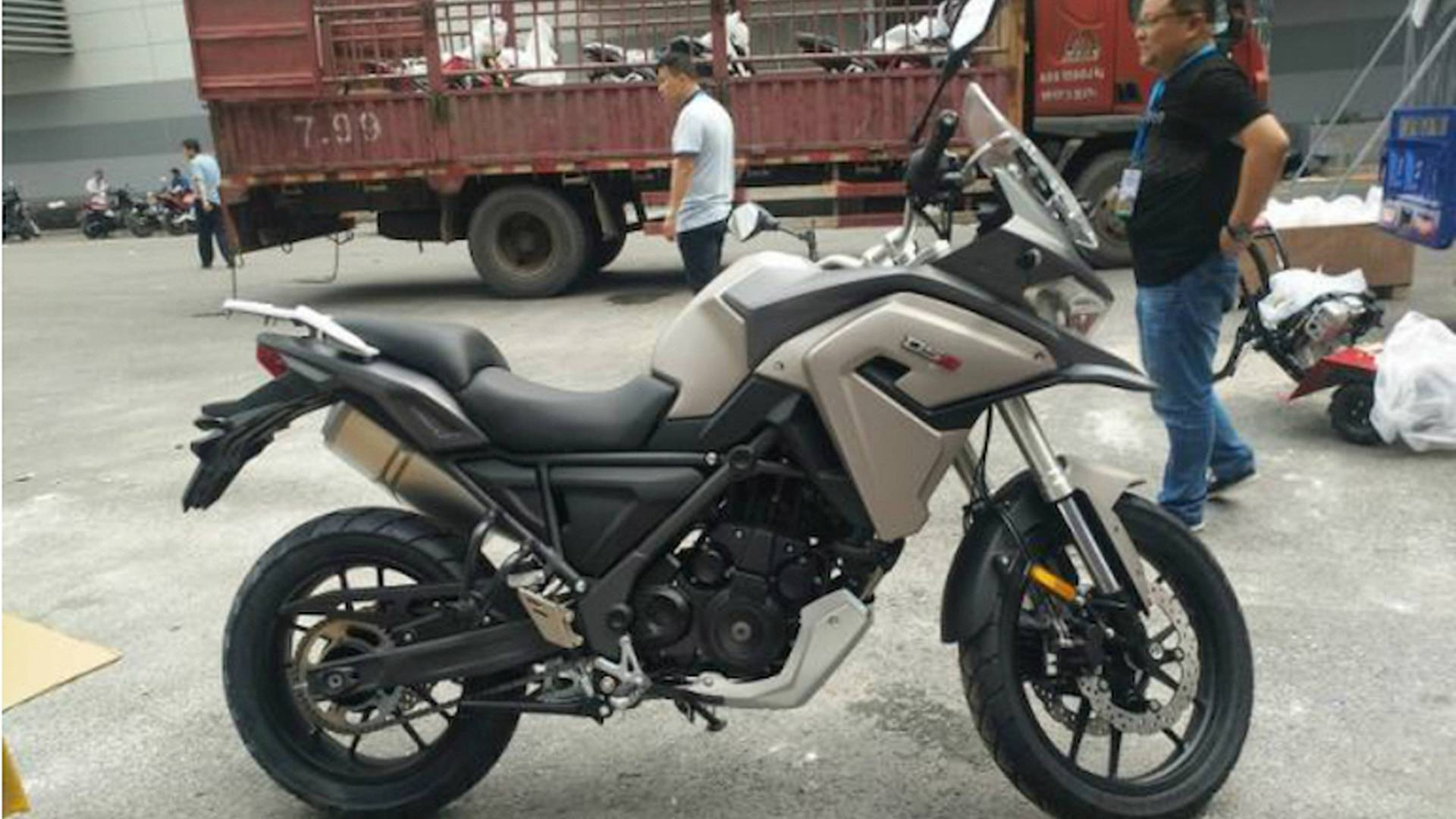 Chinese Motorcycle Builder Loncin Unveils New ADV Bike