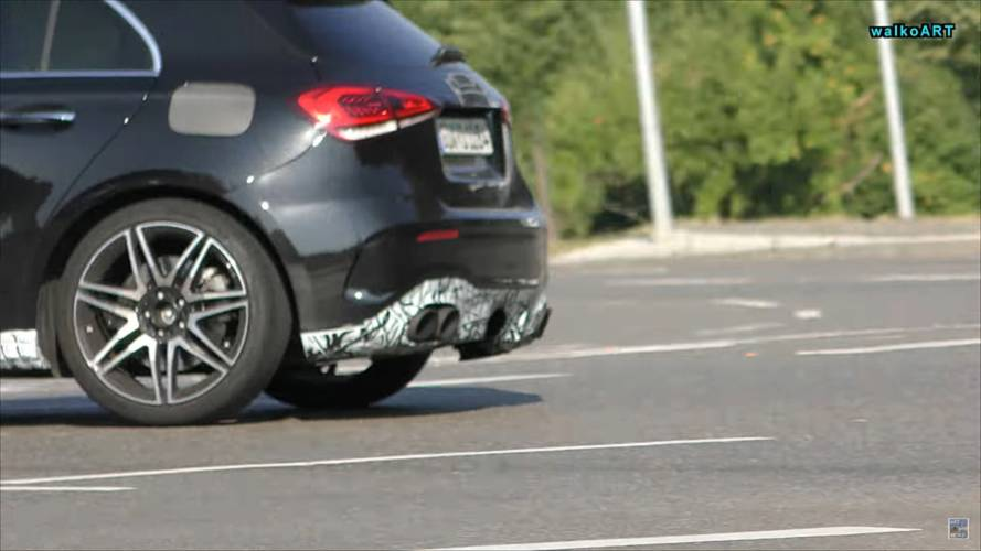 Mercedes-AMG A45 kémfotók