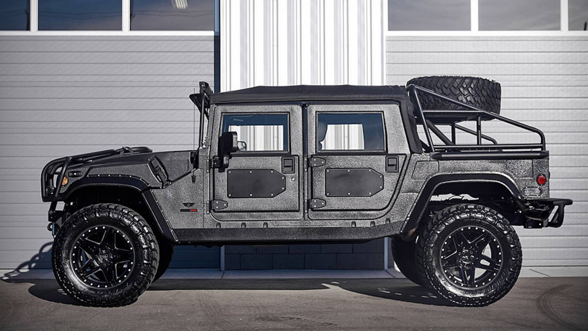 Mil-Spec Hummer H1 Is A Superstar SUV We Want In Our Garage