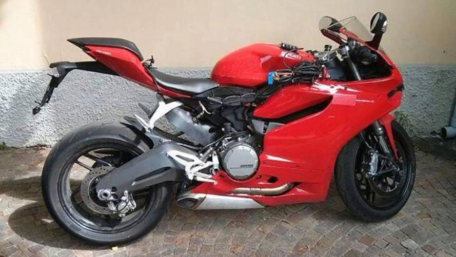 Spy Photo: Ducati 899