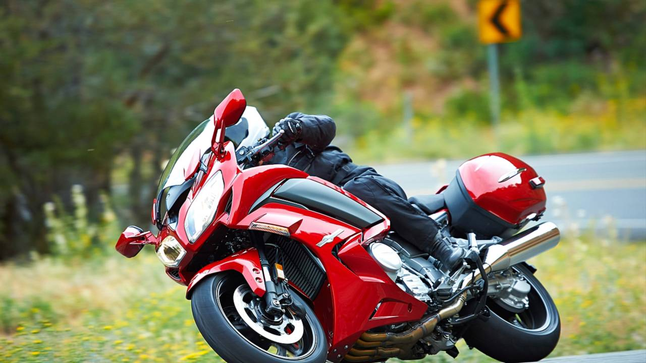 First Look: 2014 Yamaha FJR1300ES: Electronically Adjustable Suspension