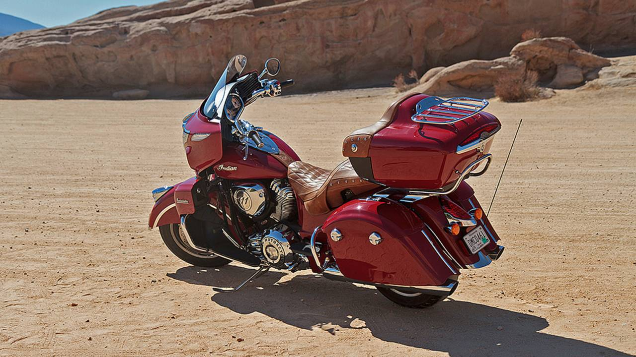 Indian Roadmaster: Does it Beat A Harley Bagger? - Review