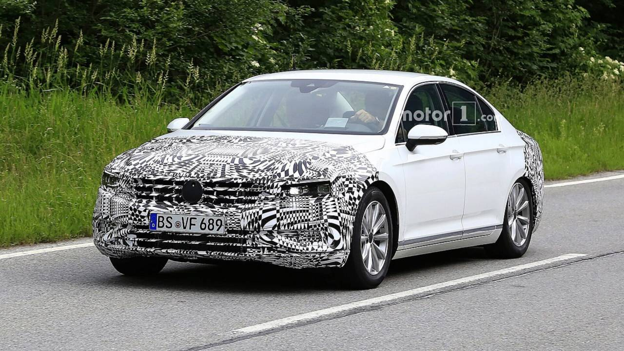 2019 VW Passat restylée photos espion