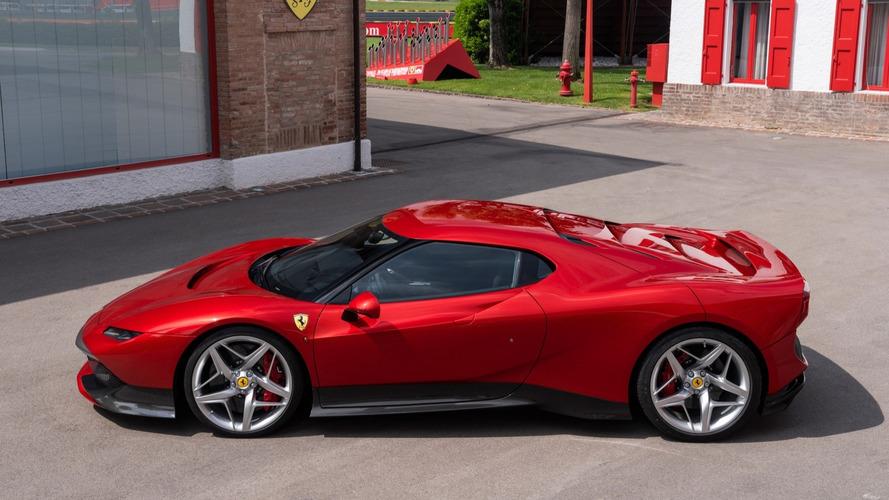 Ferrari F40'a Benzeyen SP38 Süper Otomobili