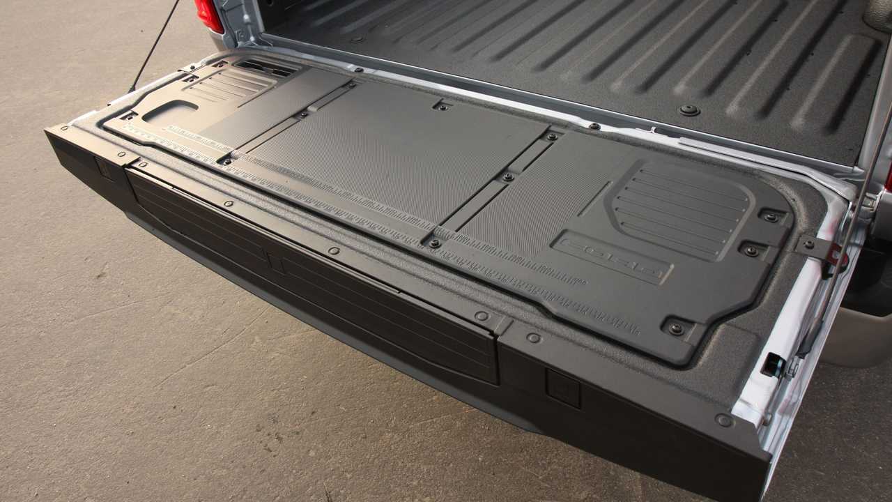 2021 Ford F-150 Exterior Tailgate Work Surface