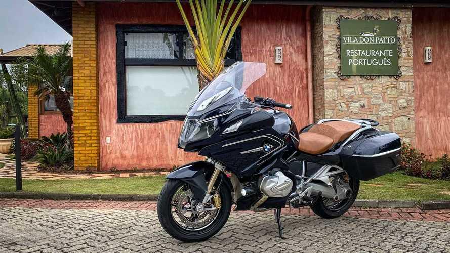 """Avaliação: BMW R 1250 RT é versão """"on road"""" da GS ou um Série 5 de duas rodas?"""