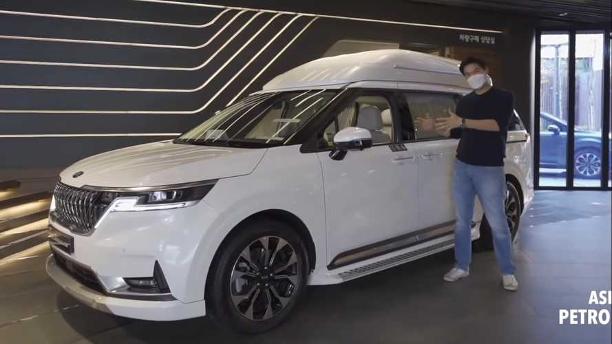 Kia Carnival Hi-Limousine Shows Fancy Interior In Extended Video