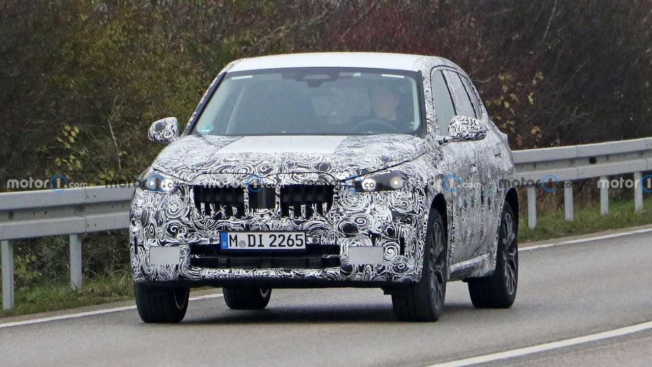 Yeni nesil BMW X1 PHEV casus fotoğraf
