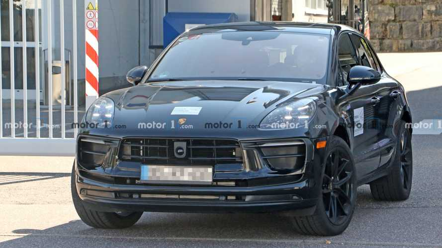 Porsche Macan second facelift spy photo (front)
