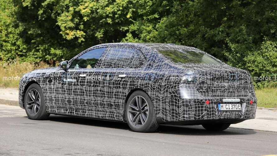 BMW i7, fotos espía