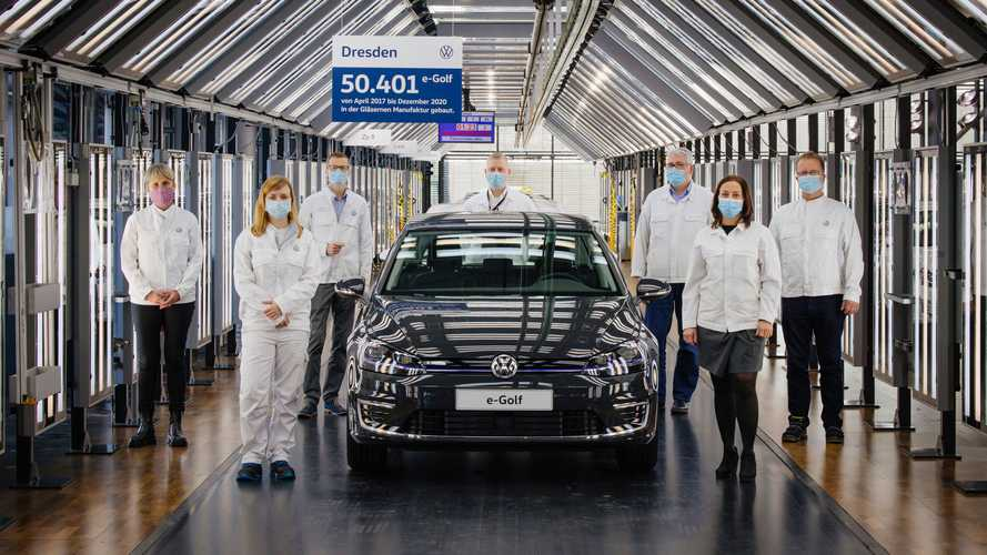 Phasing out the Volkswagen e-Golf at the Transparent Factory in Dresden