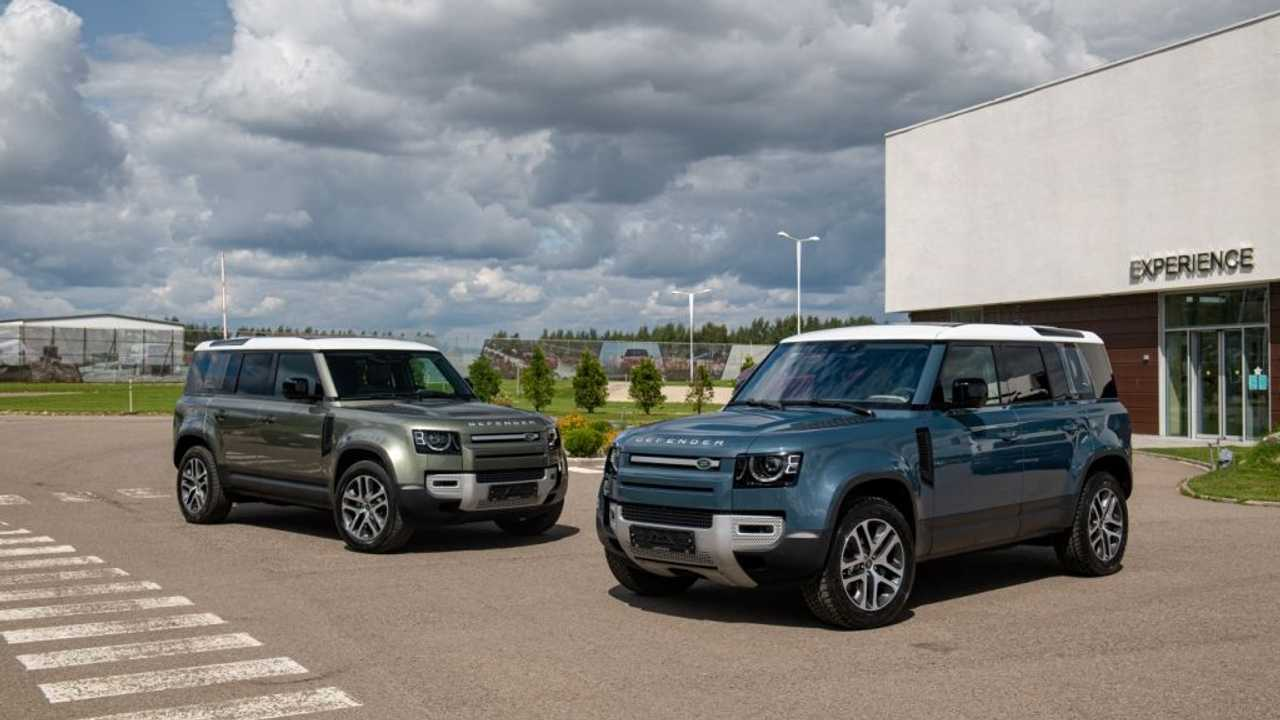 Новые Land Rover Defender для России