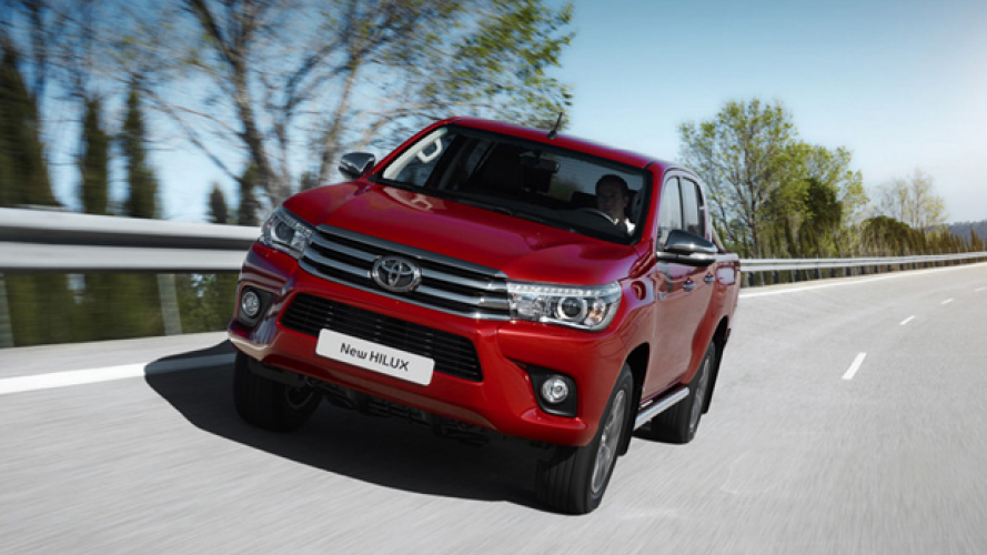 Hilux anche a 5 stelle