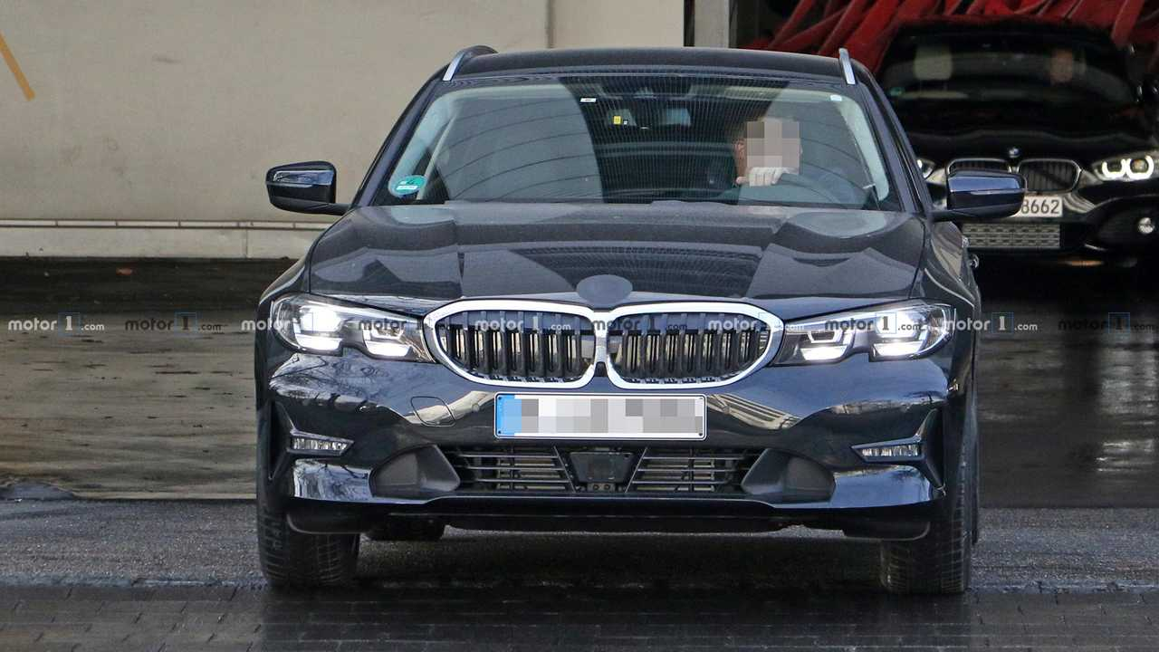 BMW 3 Series Touring Spy Shots