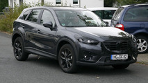 Mazda CX-5 facelift spy photo