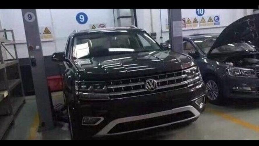 VW Teramont kamuflajsız olarak görüntülendi