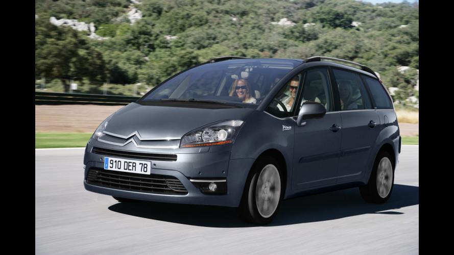 Peugeot e Citroën, l'auto a emissioni zero in 4 mosse