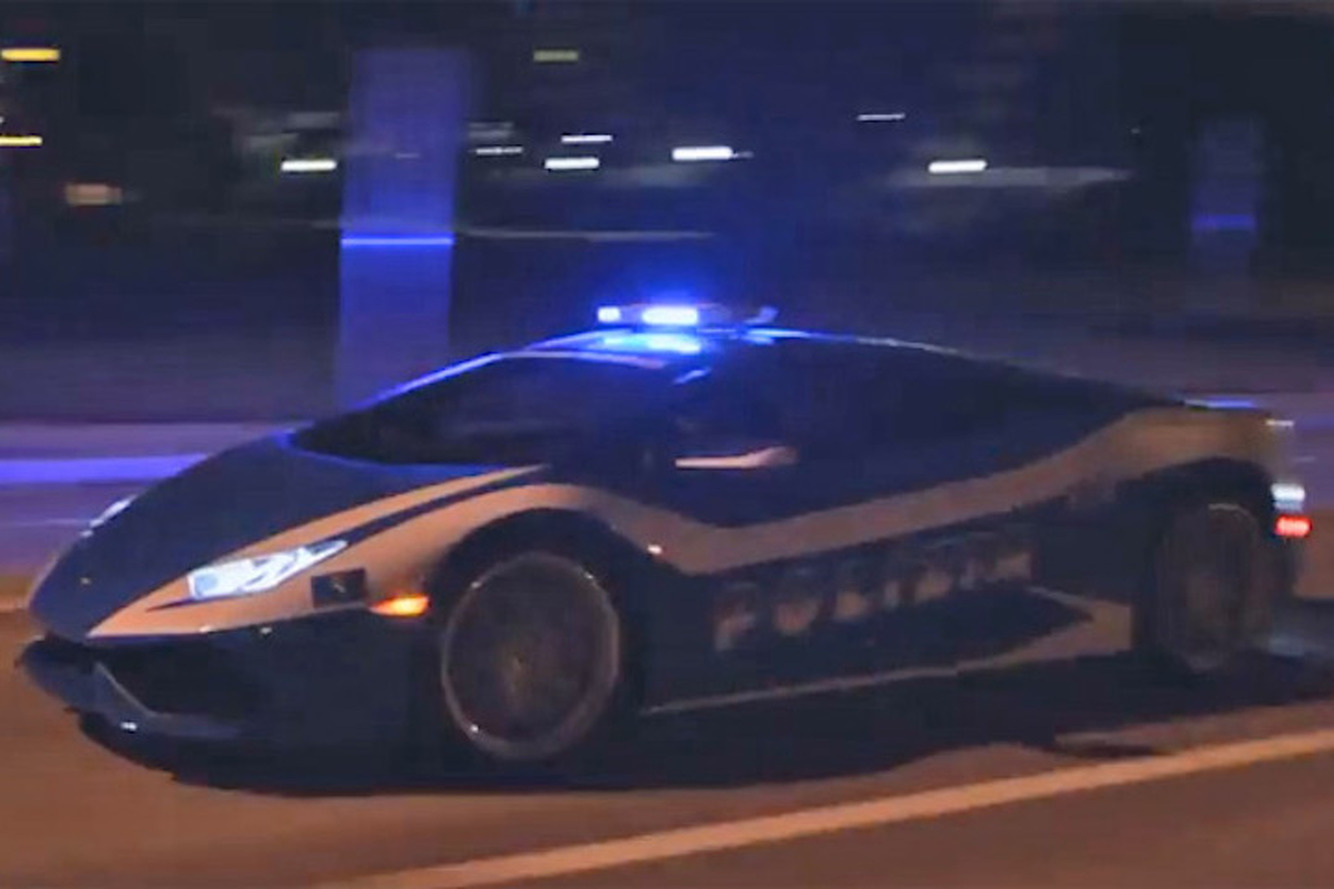 Watch a Lamborghini Huracan Police Car Chase a Superleggera