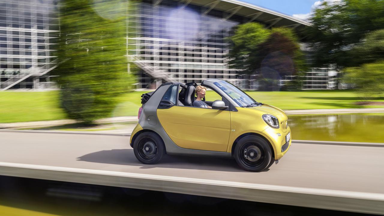 Smart fortwo cabrio manual