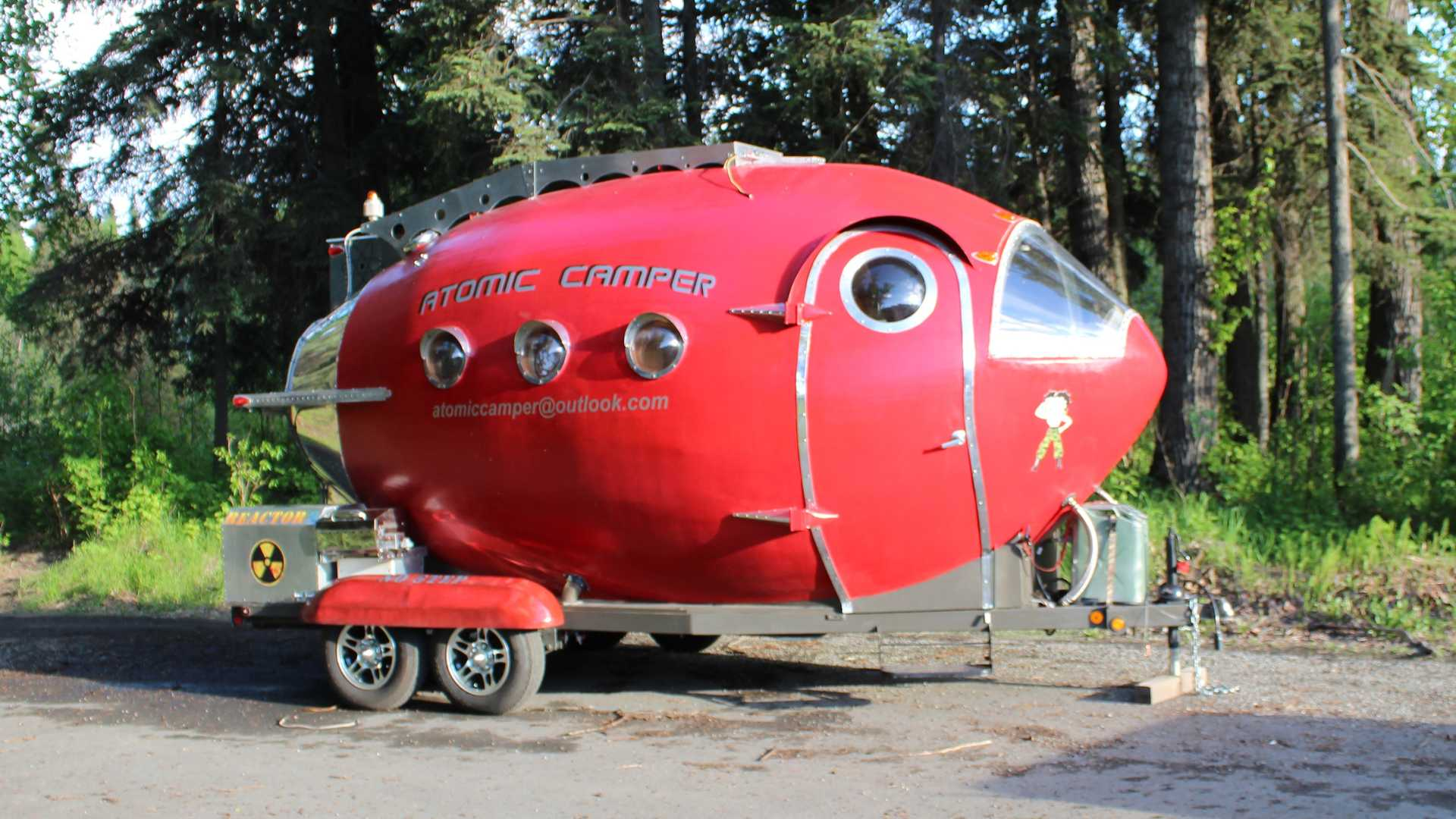 Atomic Camper Is The Crazy Cool RV Spaceship Of Your Dreams