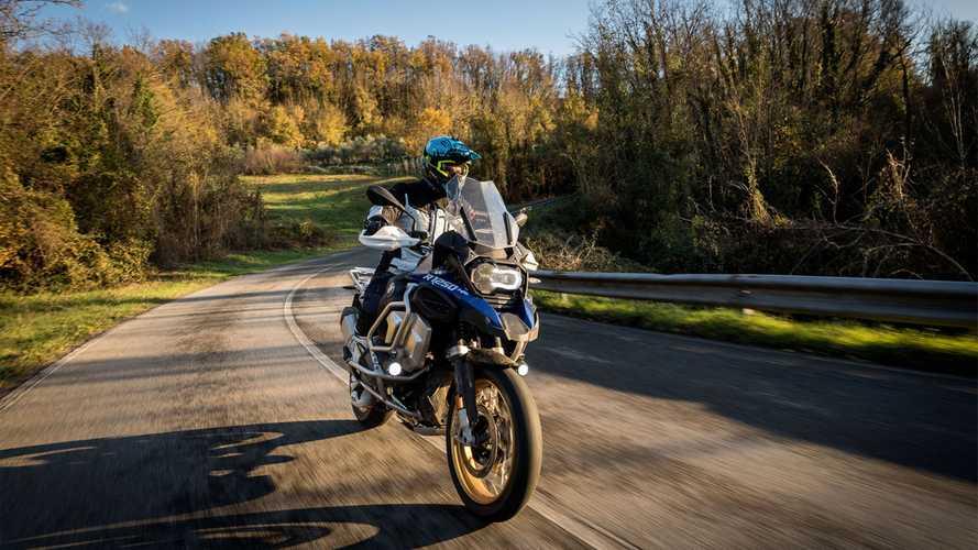 Coronavirus: BMW proroga la garanzia su moto e scooter