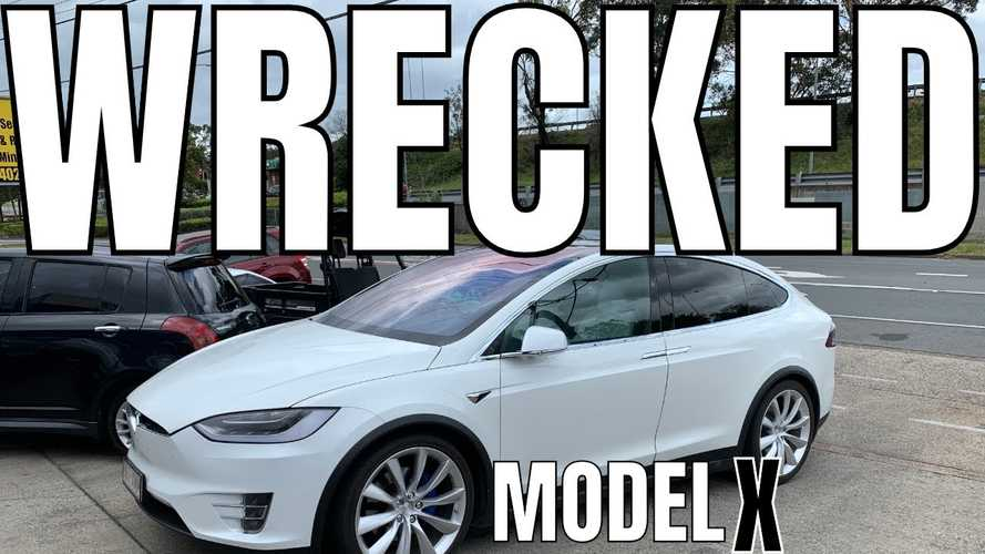 Watch As Battery Pack Is Removed From Wrecked Tesla Model X